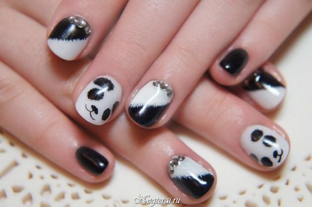 Дизайн ногтей панда